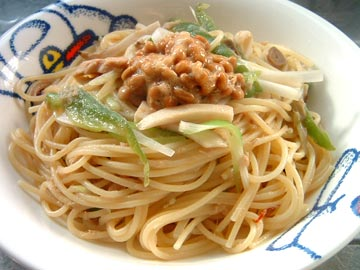 ツナと納豆のペペロンチーノ
