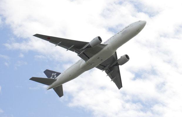 意外と簡単!格安航空券とホテルを自分で予約して徹底的に旅費を節約する方法
